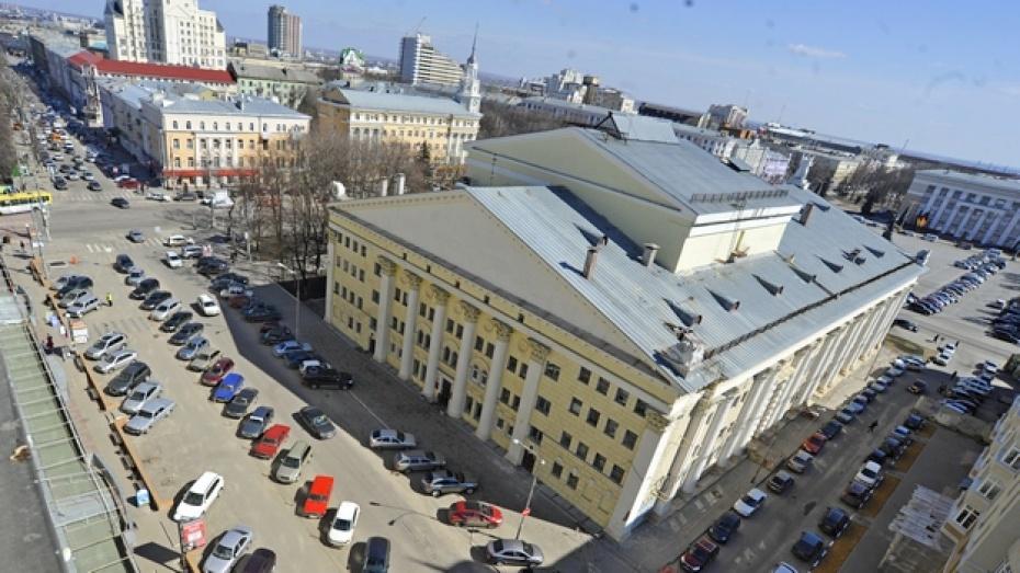 Геннадий Чернушкин не исключает, что в будущем въезд в центр Воронежа придется ограничить