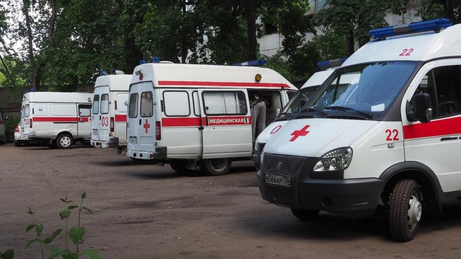 Больницы Воронежской области получат 10 санитарных автомобилей до 20 октября