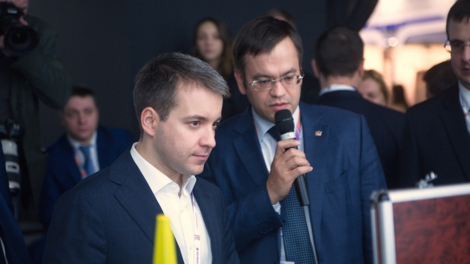 Министр связи РФ познакомился с воронежскими проектами на форуме «Открытые инновации»