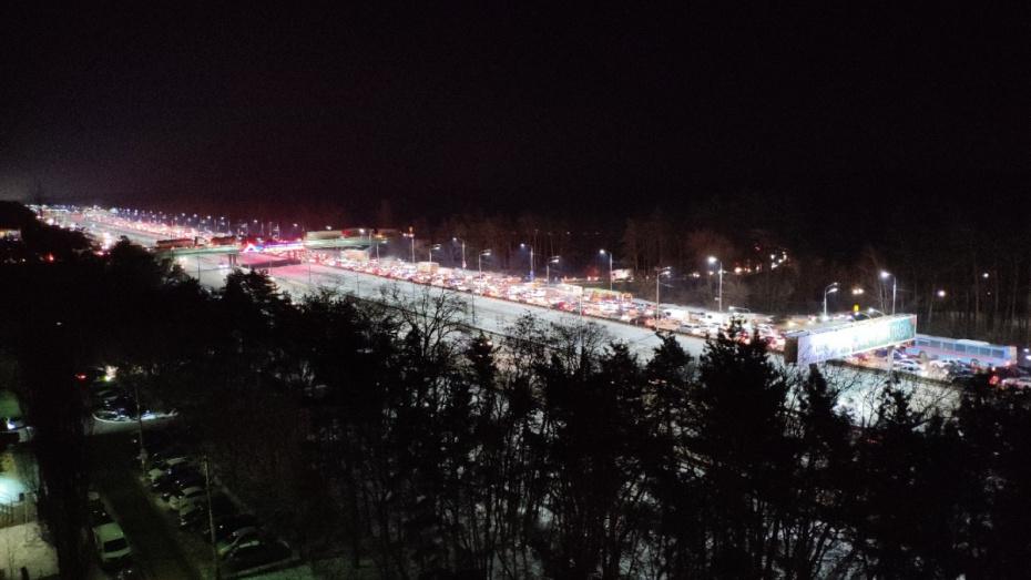 В Воронеже Московский проспект встал в пробке из-за 4 ДТП
