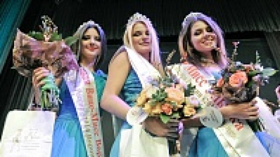 Победительница воронежского тура «Красы России» отказалась от короны