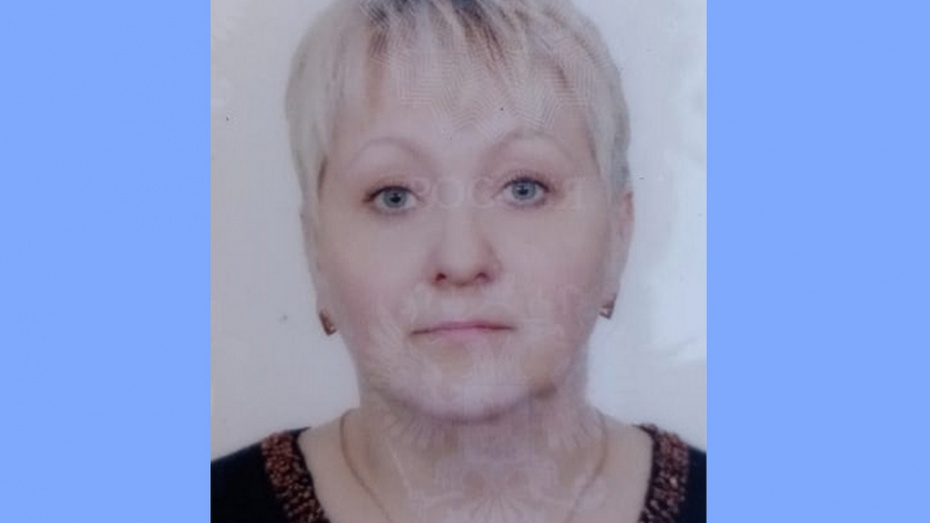 Житель Павловска попросил помочь найти пропавшую 54-летнюю супругу