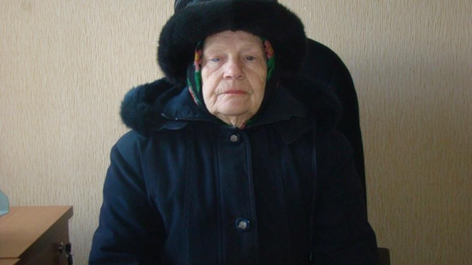 В Новохоперске пенсионерку три месяца запугивали несуществующими долгами