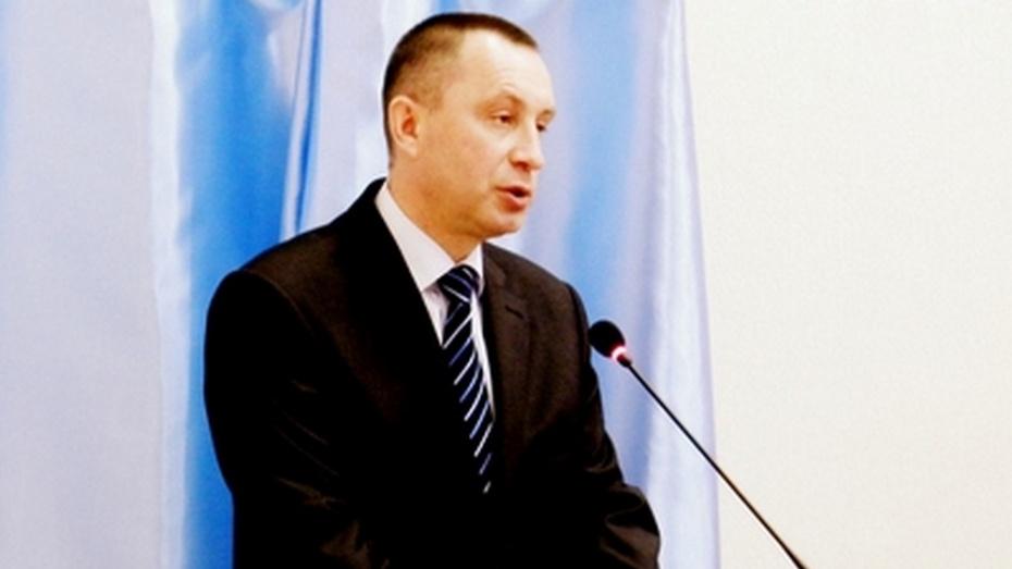 Депутаты переизбрали Сергея Честикина сити-менеджером Нововоронежа