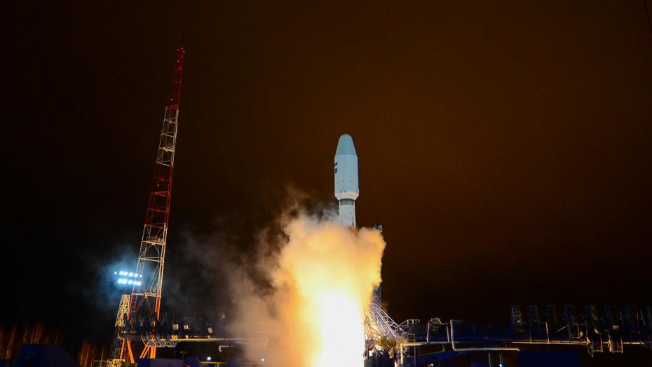 Ракета-носитель «Союз-2.1б» с воронежским двигателем вывела на орбиту военный спутник