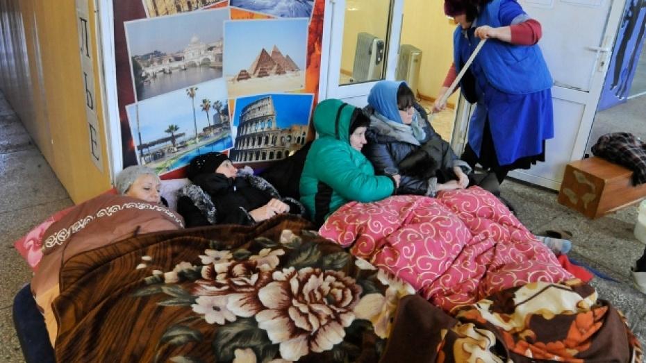 На Центральном рынке Воронежа службы МЧС искали бомбу по анонимному звонку