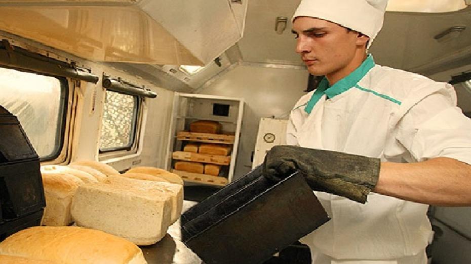 Военные Воронежской области получили собственный мобильный хлебопекарный завод
