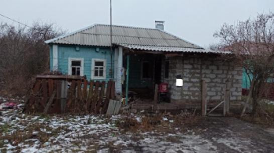 Обгоревшую при пожаре в сельском доме 11-месячную девочку перевезли на лечение в Воронеж