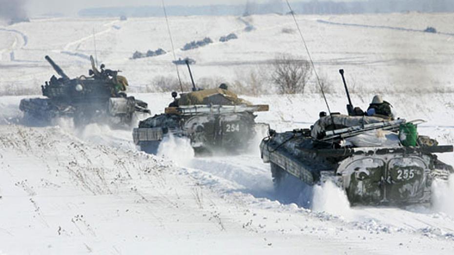 В Воронежской области прошли учения танкового полка общевойсковой армии ЗВО