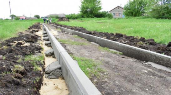 В грибановском селе Нижний Карачан сделают тротуар