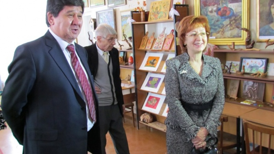 Татьяна Гордеева пообещала помогать одаренным детям Нижнедевицкого района