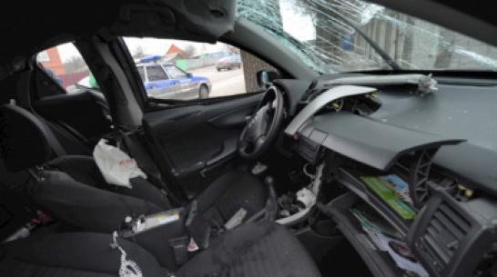 Водитель вылетел в кювет и погиб в Воронежской области