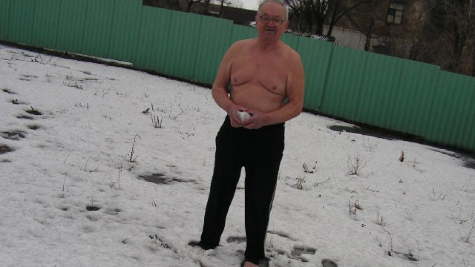Бутурлиновский пенсионер босиком убегает от инфаркта