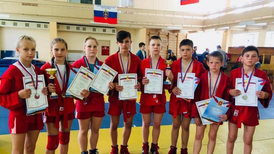 Таловские самбисты завоевали 3 «золота» открытого первенства Воронежа