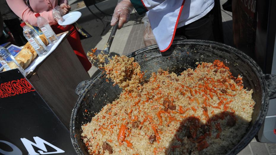 После проверки ФСБ в Воронеже на 2 месяца закрыли кафе узбекской кухни