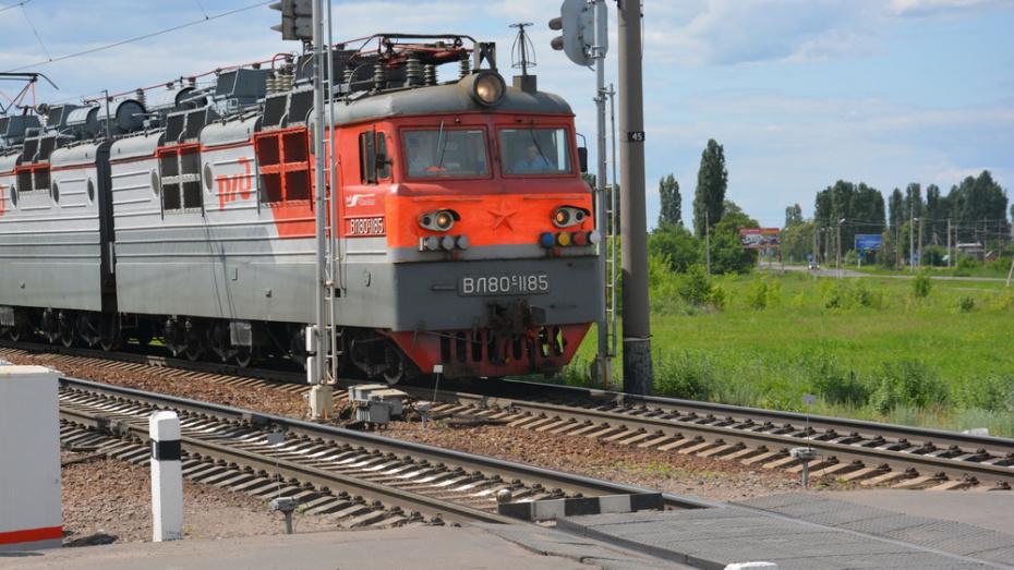 В Поворино железнодорожный переезд закрыли из-за ремонта до 20 августа