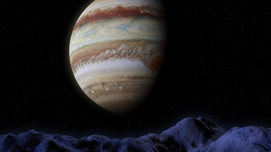 Воронежцев позвали посмотреть в телескоп на Луну, Юпитер и Сатурн