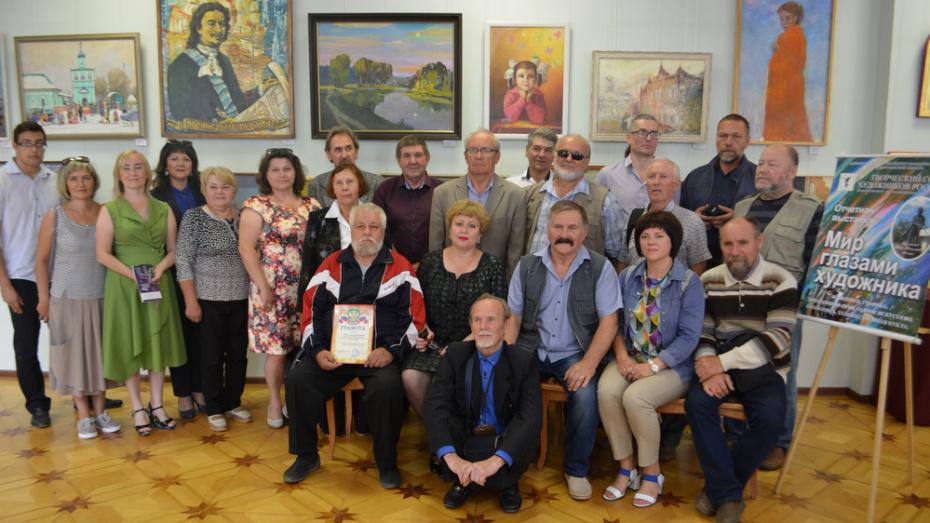 Острогожцев пригласили на выставку областного отделения Союза художников России