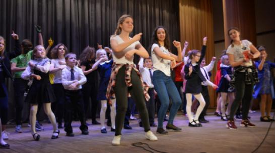 В Воробьевском районе впервые проведут смотр-конкурс «Радуга талантов»
