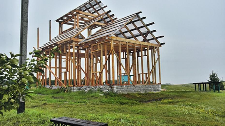 В Панинском районе у святого источника построят часовню