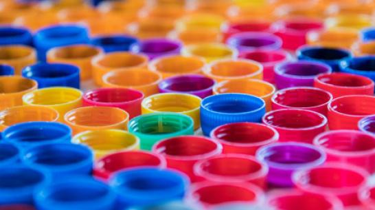 Воронежцев призвали сдавать пластиковые крышки, чтобы помочь детям