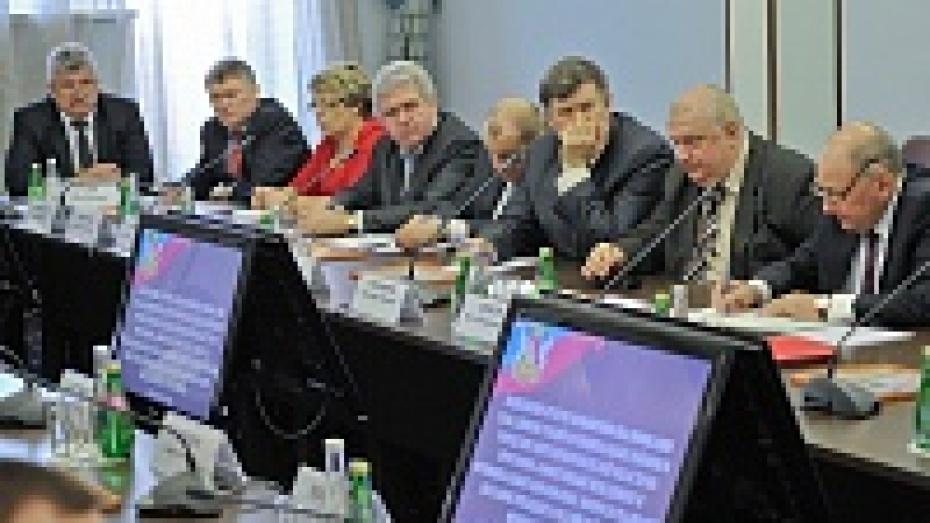 Главы районов Воронежской области повысили свою квалификацию