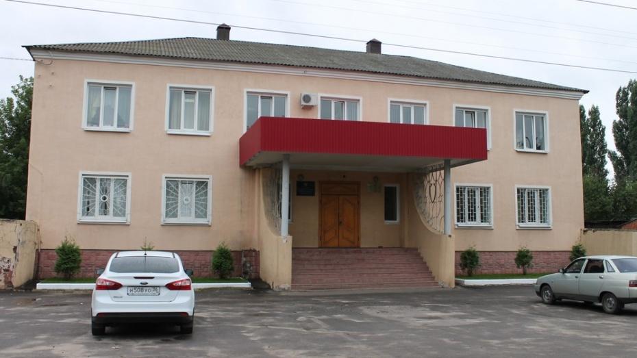 В Воронежской области неизвестный поджег здание прокуратуры